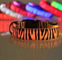 Reedog svítící obojek pro malé, střední a velké psy zebra